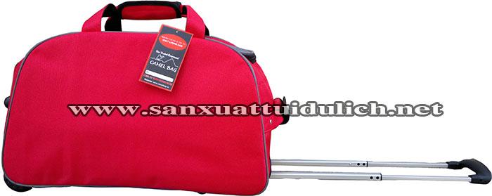 Sản xuất túi du lịch kéo đỏ