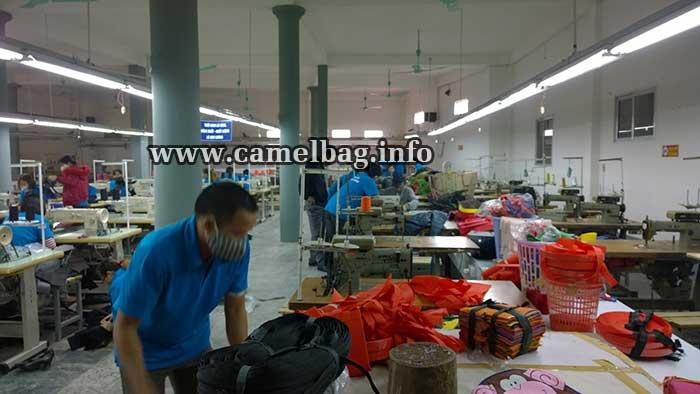 nhà máy sản xuất túi xách xuất khẩu 3