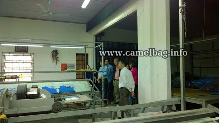 nhà máy sản xuất túi xách xuất khẩu 1