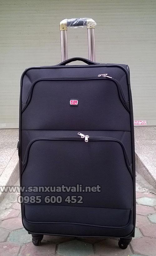 Sản xuất vali