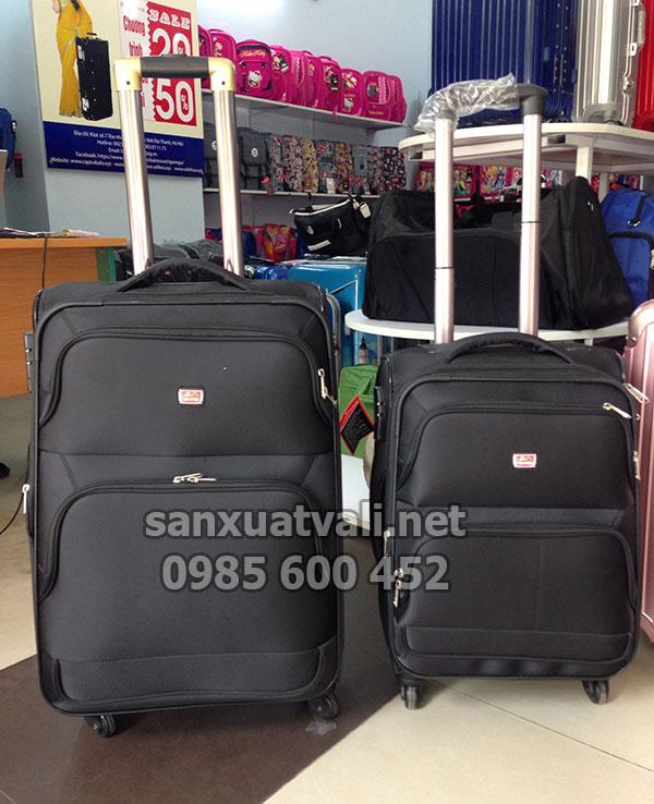 Công ty sản xuất vali