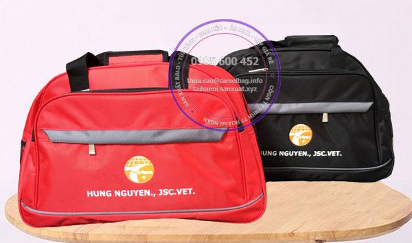 Sản xuất túi du lịch quà tặng LH: 0985.600.452